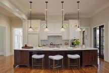 Kitchens by PSA / A collection of elegant Low Country style kitchens designed by Pearce Scott Architects