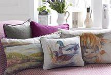 Voyage Maison en GANCEDO / Gancedo ya tiene una línea de accesorios para decorar tu hogar: Voyage Maison. Se trata de almohadones, pantallas de lámpara, pufs..., todos ellos ya confeccionados para tu disfrute inmediato.