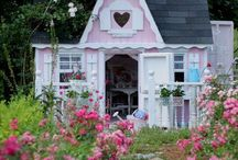 Sweet Scented Cottage / by Lulu Cavill