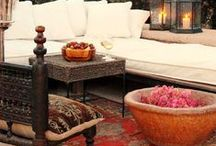 Outdoor Living Inspiration / Outdoor Living spaces that will make you want to live outside