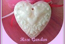 ROSE GARDEN / SOAPS
