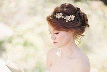 Hair bun / Choosing the suitable hair do, will use it on my cousin weddings :)