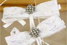 Wedding Pew & Accent Bows / Bows to help accent all aspects of your wedding day.