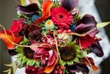 Bridal Bouquets / Ultimate bridal bouquets that can dazzle everyone on a bride's wedding day.