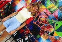 Colorful rétro streetwear   Beurd / Funky  -  Kitsh  -  All over print  -  Local  -  Authentique Plus de détails   More info: https://www.facebook.com/events/846470968831142/