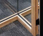 TecnoWood / TecnoWood® is een uniek - gedeponeerd - houten profielsysteem voor modulaire glazen wanden. Een slanke bamboe-profilering creëert een karakter-glaswand. De wand wordt idealiter gecombineerd met lichte binnenwanden (gyproc, ytong, ...). Volle side-pressed bamboe-profielen staan garant voor een verhoogde akoestiek en laten zich zelfs naturel (onbehandeld) toepassen. Het deurframe is geschikt voor zowel volle als glazen kamerhoge deuren.TecnoGreen® is compatibel met TecnoWood®.