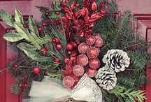Christmas - Wreaths & Trees / by AnnieRene