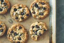 sweet eats / by Jenni Gardiner