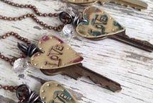 Key Board ;) / Art by keys .... lovely key art