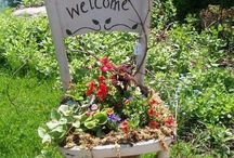 DIY Garden Planters / Planning your garden for this year? Look here for ideas for raised garden beds, DIY garden planters, pallet planters, recycled planters, creative container ideas, and more.