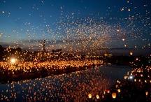 Noc Kupały / Wizytówką wydarzeń organizowanych przez Fundację jest obchodzone każdego roku tradycyjne słowiańskie święto – Noc Kupały. Miasto Poznań wraz turystami z całego kraju, Europy i świata celebruje najkrótszą noc w roku pobijając rekord Guinnesa w puszczaniu lampionów. Podczas wydarzenia uczestnicy biorą udział w wielu warsztatach  i koncertach przenosząc się do korzeni słowiańszczyzny! Więcej o Nocy Kupały  przeczytacie na stronie www.nockupaly.com