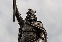 King Alf / King Alfred the Great is renowned for being one of the most recognisable landmarks in Winchester, which stands at the eastern end of The Broadway. The heroic statue was designed by Hamo Thornycroft, R.A., and erected in 1899 to mark one thousand years since Alfred's death. www.visitwinchester.co.uk/king-alfred-great