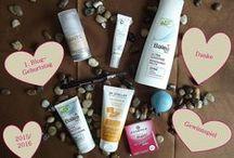 Kosmetik / Hier findest du Infos über meine Lieblingsprodukte oder auch Flop-Produkte sowie allgemeine Infos über Kosmetik und Produkte, die mich interessieren.