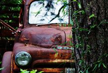 old tin / Photos of old cars/trucks, unrestored beauties