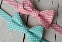 Coral Wedding Ideas / Coral wedding ideas. Classy, modern, romantic, diy, floral, cakes, mens accessories provided by HoBo Ties.