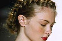 Wedding Hairstyles / Come acconciare i capelli: anche i dettagli fanno la differenza. Una board dedicata a questo tema, per soddisfare ogni tipo di sposa!