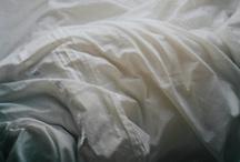 Bed & bedding / Łóżko i pościel