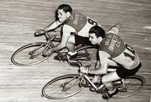 Bicycle & Vintage by gravillon.net / #vintage #tourdefrance #giroditalia #vueltaaespana #gravillon #gravillonsite #velo #bicyclette #bicicleta #bicla #bici #bicicletta #bicycle #bike #cycle #fahrrad #自転車 #自行车