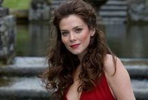 Anna Friel / by Ashley and Kinley's List