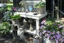 Potting Bench / Lots of potting bench inspiration and ideas on how to decorate them.