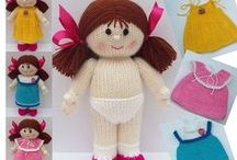 Knitting dolls / by Natasja Den Blaauwen