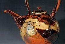Ceramics - Teapots and mugs/cups