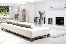 Déco Blanche   INSPIRATION / Plus d'inspirations de décorations blanches sur www.maison-facile.com #white #blanc #minimalist #homedecor #furniture