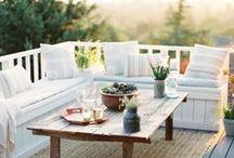 Salons de Jardin / salons de jardin en résine tressée, en bois, en aluminium. Ensemble de chaises et tables de jardin.