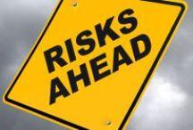 Evaluarea riscurilor / www.ssm-siu.ro Evaluarea riscurilor este esenţială pentru abordarea europeană privind prevenirea sănătăţii şi a securităţii în muncă.