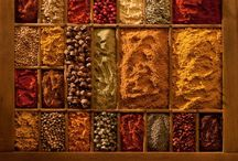 spice / The warm, spicy shades of sage, turmeric, cinnamon, peppercorn, nutmeg, curry, paprika ...