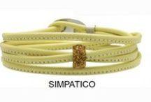 Colour Your Mood: Yellow / Un mondo di colori che descrivono ciò che sei, i tuoi modi di essere,una collezione di bracciali componibili, un gioiello per comunicare il tuo umore. Giallo = Simpatico