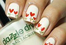Nails / by Stephanie Forti