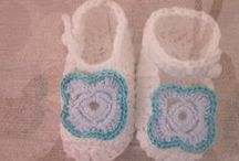 botinhas/gorros/fraldas .... e acessórios para bébé / by manuela gonçalves