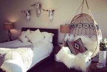 Boho BOUDOIRS... / Gorgeous Bohemian Bedroom Concepts