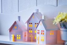 Paper Houses / Who doesn't like paper houses?