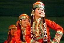Diversidad - Traditional dress