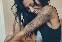 Tattoos  / Zvláštne motívy tetovania,ktoré sa hodia predovšetkým nežnejším polovičkám a romanticky založeným žienkam. Aj presne takým ako som aj ja :)
