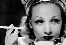 """[ Divas ] / """"Mulheres comportadas, raramente fazem historia"""" Marilyn Monroe"""