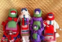 """""""Что подарить?"""" / Уважаемые посетители, здравствуйте!  Наша творческая семейная мастерская представляет вашему вниманию качественные изделия ручной работы из дерева, камня, текстиля и других природных материалов. Рукодельницы порадуют чудесными текстильными сувенирами из натуральной ткани в стиле русской игрушки, а мастера резьбы по дереву и камню - великолепными работами, среди которых, самые востребованные шахматы,нарды, шкатулки и многое другое. www.livemaster.ru/gorodmasterov72"""