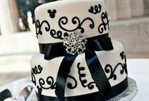 Cake & Cupcake - Black & White / by Daisy Machado