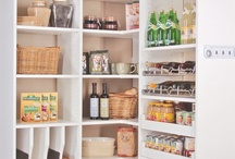 507 Pantry / by Holly Brousseau