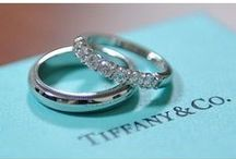 Fedi nuziali e gioielli / Fedi per il matrimonio, fedi in oro giallo, fedi in oro bianco, fedi in platino. Gioielli per la sposa.