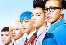 BIGBANG ♛ (빅뱅) / Kwon Jiyong (GDragon or GD) - Dong Young-bae (Taeyang or Sol) - Choi Seung Hyun (T.O.P.) - Kang Daesung - Lee Seung-hyun (Seungri or V.I.) / by Lorraine (로레인) Groves
