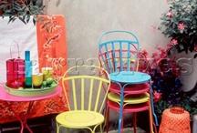 Garden & Outdoor Living / by Adri Pearce