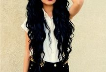 #Waves,Flat,Curls,HAIR! / New Styles to DEFINATLY try. / by Nina Juliette