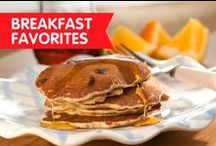 Breakfast Favorites / Wake up with these protein-packed energy bites to help keep you fueled all day long.