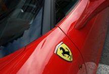 """Ferrari 458 italia techo y detalles en vinilo Negro Mate Car Wrapping by Pronto Rotulo since 1993 / Sabes que es """"Car Wrapping """"? Simplemente es una palabra de moda que describe cubrir un coche con vinilo, y eso es lo que hacemos desde hace casi 20 años, y por ese entonces la falta de estos nuevos materiales era un rompedero de cabeza, pero Pronto Rotulo se las ingenió para cubrir + de 60.000 vehículos tanto en Argentina como en España.  + info en prontorotulo.com + info en facebook.com/prontorotulo + info en twitter.com/prontorotulo / by Pronto Rotulo"""