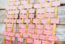 Place Cards / Place Card and Seating Charts for your Wedding