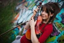 Lindsey Stirling Fans Around The World / Lindsey Stirling is hip hop violinist and dancer.