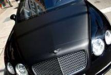 Bentley Continental GT detalles Fibra de Carbono Car Wrapping by Pronto Rotulo since 1993 / Vinilado de partes carrocería en Bentley Motors Continental GT con Fibra de Carbono en Capot + parrilla + espejos + maletero + cubre escapes gama Wrap de Grafityp Incluye desarmado de piezas para mejoras en la colocación y acabados del trabajo.  + info en http://www.prontorotulo.com/ + info en https://www.facebook.com/prontorotulo + info en https://www.twitter.com/prontorotulo + info en https://www.youtube.com/prontorotulo / by Pronto Rotulo